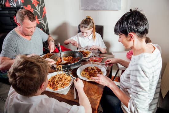 Ask Coach Kathy - Families Benefit From Having Dinner Together